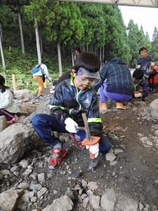 楽しみしていた化石掘り。 見つかるかな~?